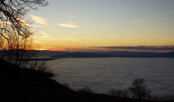 Coucher de soleil sur mer de nuage depuis le Salève